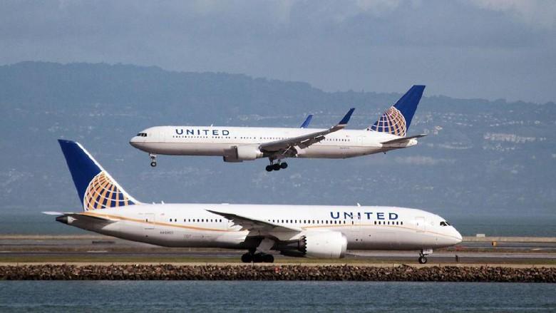 Ilustrasi maskapai United Airlines (Reuters)