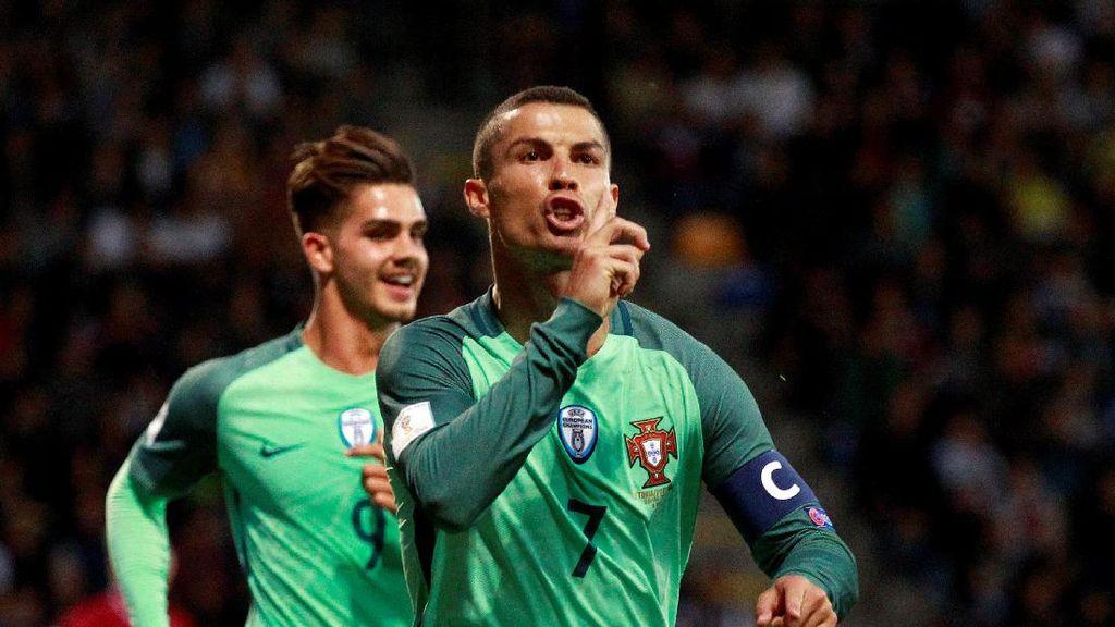 Ronaldo Dirumorkan Pergi dari Madrid, Fans MU Harap-harap Cemas
