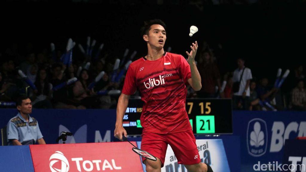 Jonatan Christie ke Babak Kedua Indonesia Open