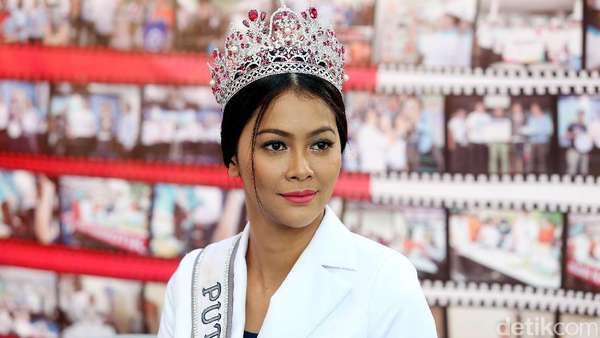 Cerita Sedih Bunga Jelita, Alami <i>Bullying</i> Pasca Jadi Puteri Indonesia 2017