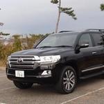 Review: Toyota Land Cruiser 200, 4WD Offroad nan Klasik