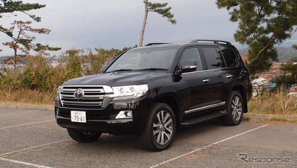 Review: Toyota Land Cruiser 200, 4WD Offroad nan Klasik