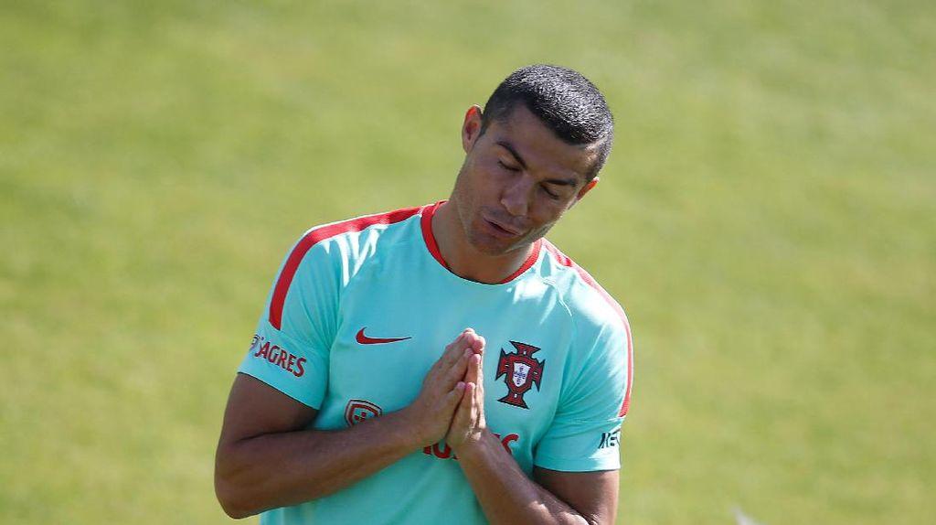 Ronaldo Diklaim Ingin Balik ke MU