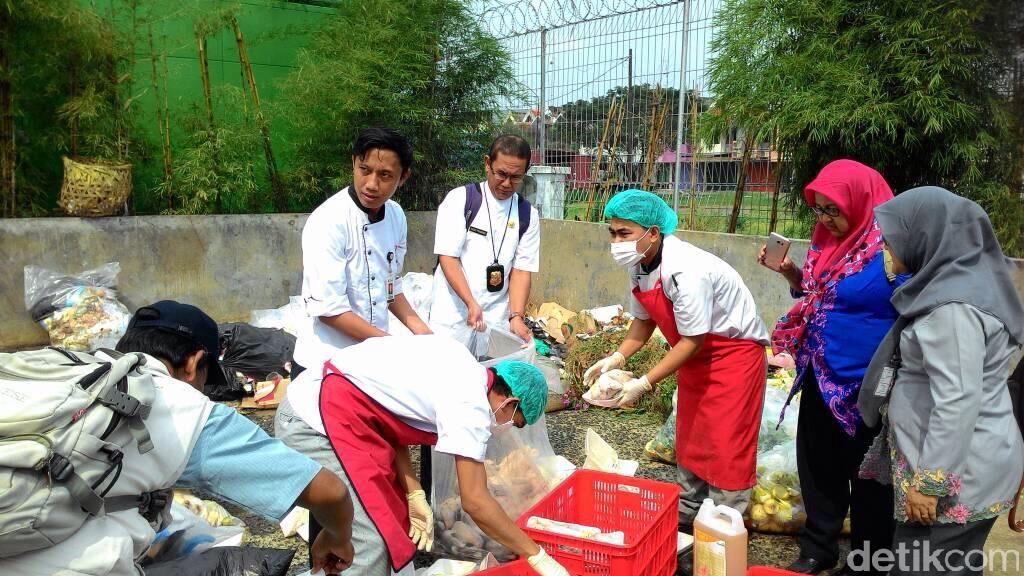 Sudin KPKP Temukan 101 Ayam Potong Busuk di Cakung