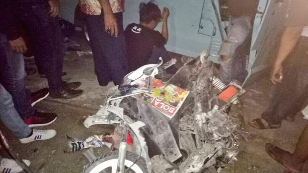 Kondisi motor milik Ahmad Saebani yang ditabrak mikrolet