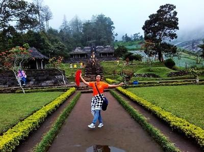 Wisata Cantik Nan Sejuk di Solo: Candi Cetho