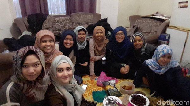 Cerita Trifty, Hijabers Cantik yang Puasa 19 Jam di Inggris