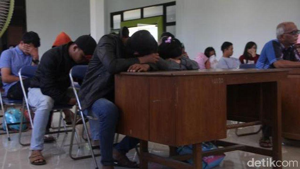 7 Pasangan Mesum dan 8 ABG Terjaring Razia Kos-kosan di Rembang