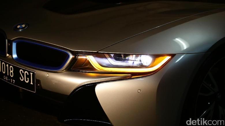 BMW i8 Atap Terbuka Siap Diluncurkan Tahun Depan