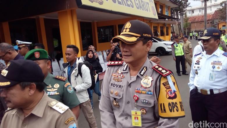 Polres Garut Sebar Tim Penembak Penjahat di Jalur Mudik