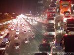 Arus Balik, Tol Cikampek Arah Jakarta Padat Dini Hari