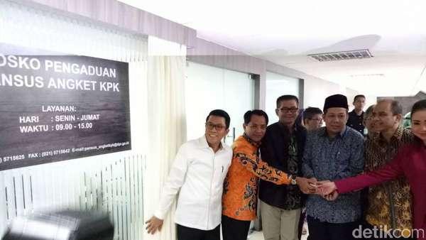 Fahri Hamzah Resmikan Posko Pengaduan Pansus Angket KPK di DPR