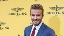 Foto: Inspirasi Tampil Stylish dengan Jas ala David Beckham