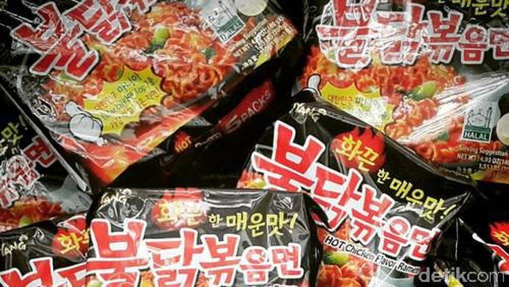 Ini Alasan Banyak Orang Ketagihan Lezatnya Mie Instan Korea