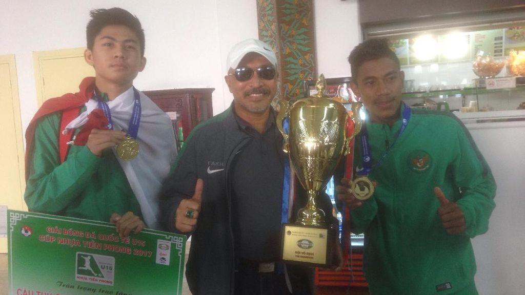 Timnas U-16 Tiba di Indonesia bersama Trofi Juara