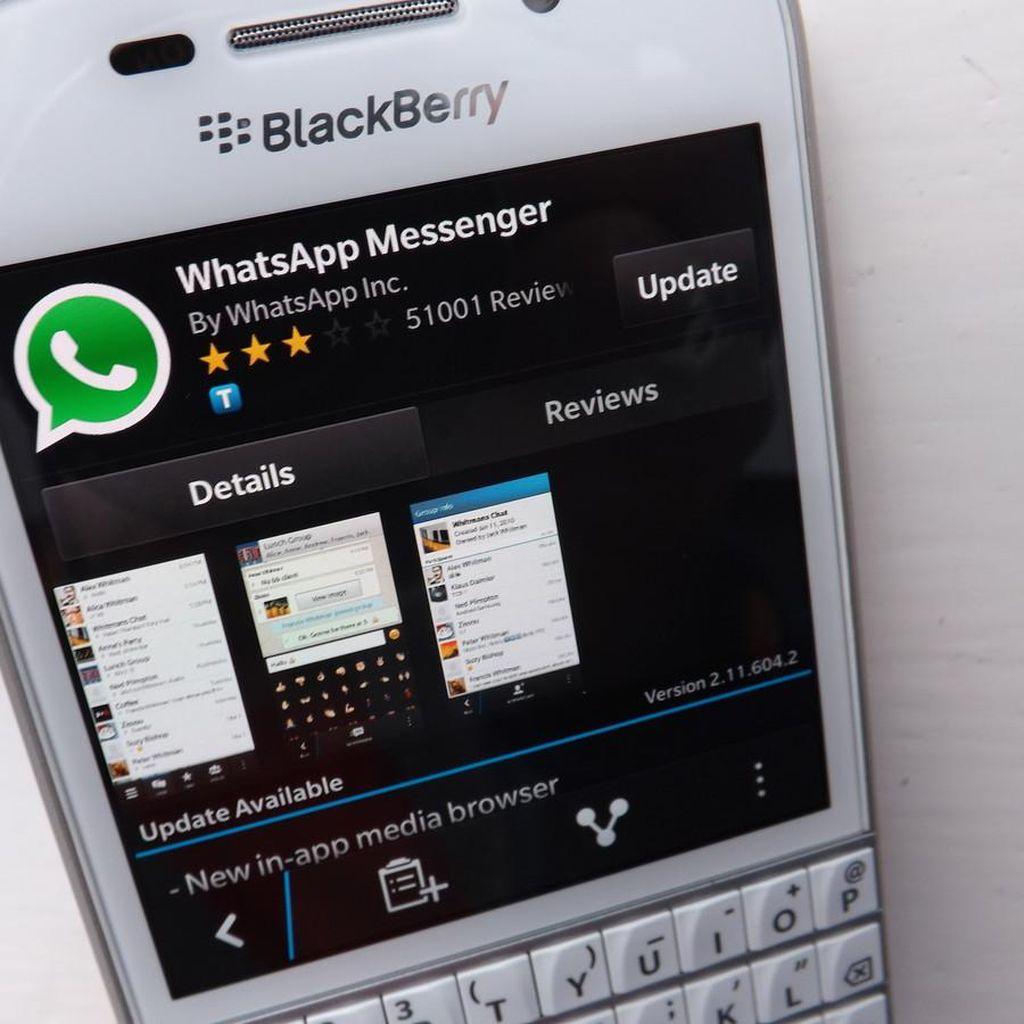 Hore! BlackBerry Lawas Masih Bisa Pakai WhatsApp