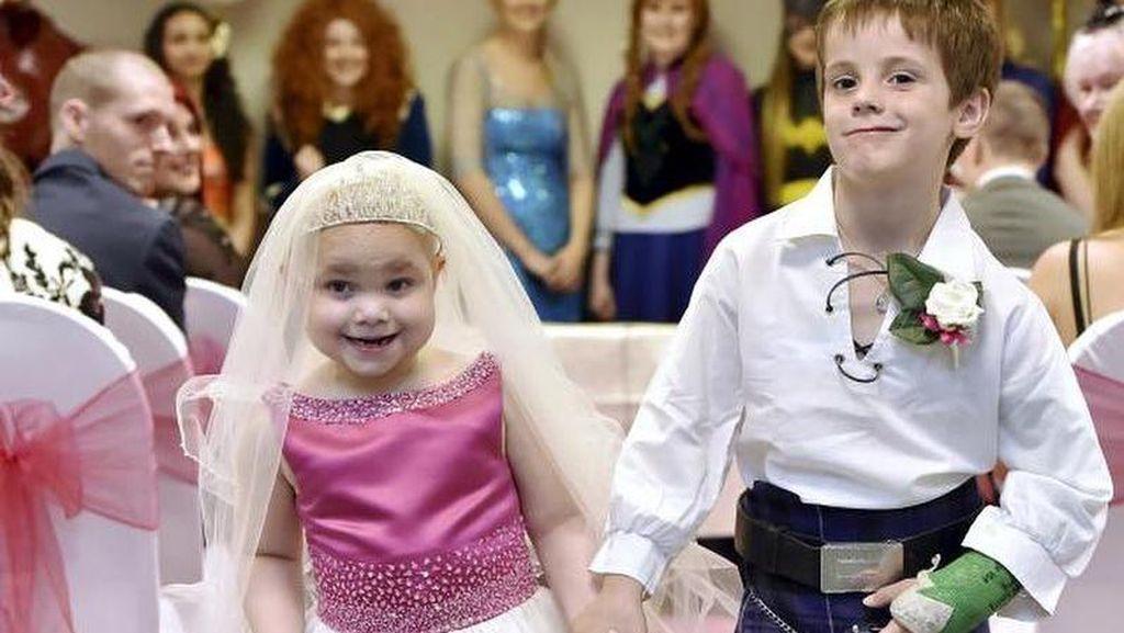 Kisah Sedih Gadis 5 Tahun yang Menikah dengan Bocah 6 Tahun