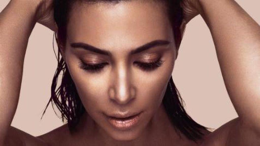 Brand Makeup KW Tuntut Kim Kardashian karena Logo Kosmetik Sangat Mirip