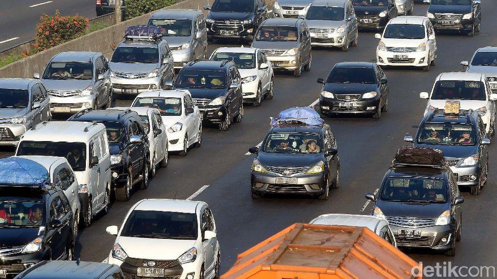 Lakukan Hal Ini Saat Terjebak di Kemacetan Panjang