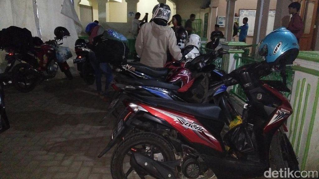 Malam dan Dini Hari, Jalur Pantura ke Jawa Tengah Ramai Pemudik