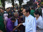 Jokowi Jalan-jalan ke Ragunan Bersama Keluarga