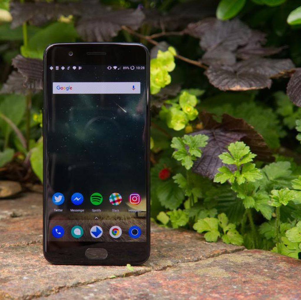 Baru Meluncur, OnePlus 5 Sudah Butuh Tambalan
