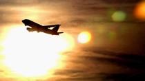 Cuaca Sangat Panas, Puluhan Penerbangan di AS Dibatalkan