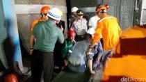 7 Orang yang Terjebak di Cerobong Asap Berhasil Dievakuasi