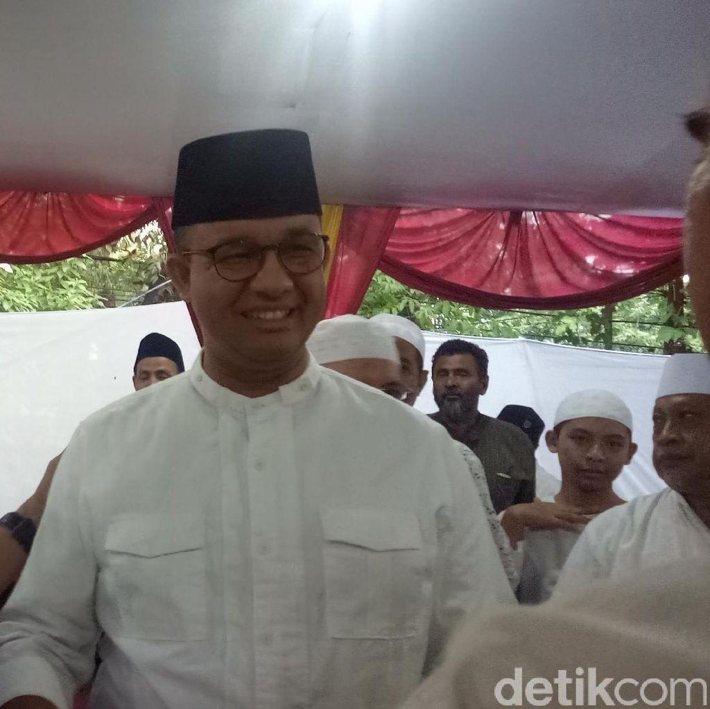 Anies Bertemu Ketua DPP FPI Saat Bukber dengan Warga Pejaten