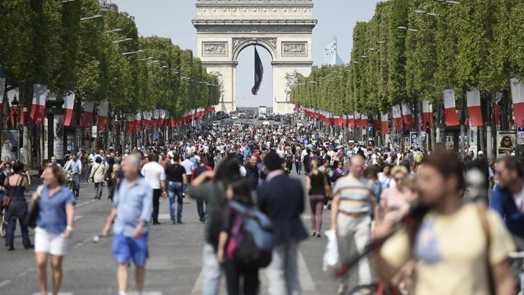 Cara Paris Hadapi Polusi Udara
