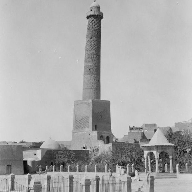 Masjid Mosul Abad 12 Diledakkan ISIS, Warga Kehilangan