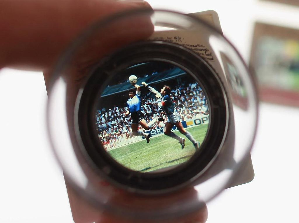 Keabadian Gol Tangan Tuhan Maradona