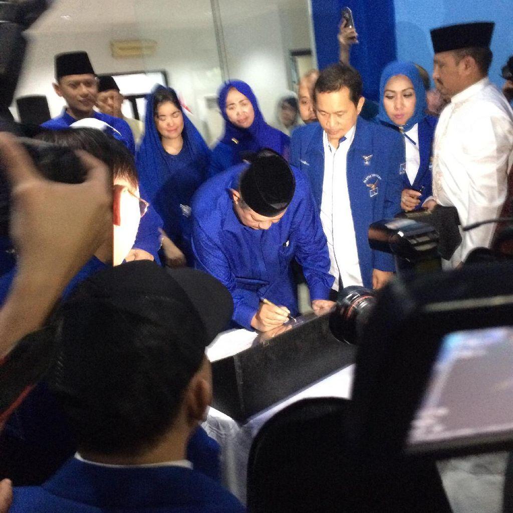 Sylviana Murni Dilantik Jadi Wakil Ketua Demokrat DKI