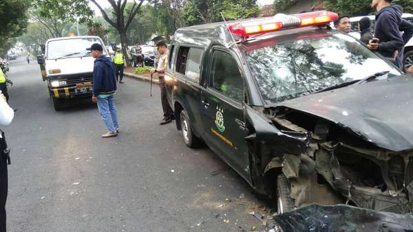 Polisi Telusuri Motif Napi yang Bajak Mobil Tahanan Kejari Depok