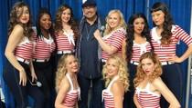 Para Bellas Tur Global dalam Teaser Behind The Scene Pitch Perfect 3