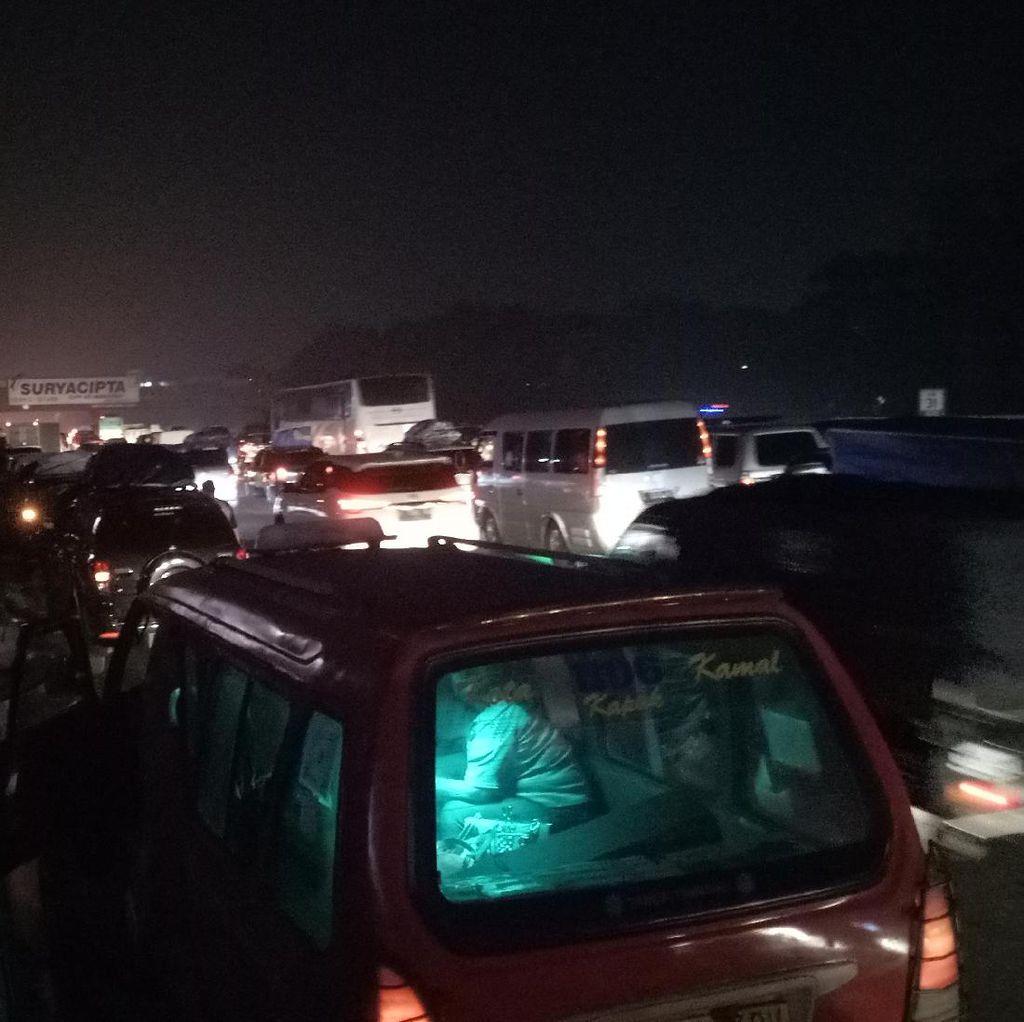Lebaran, Perhatikan Titik Macet di Tol Jakarta-Cikampek Malam Ini