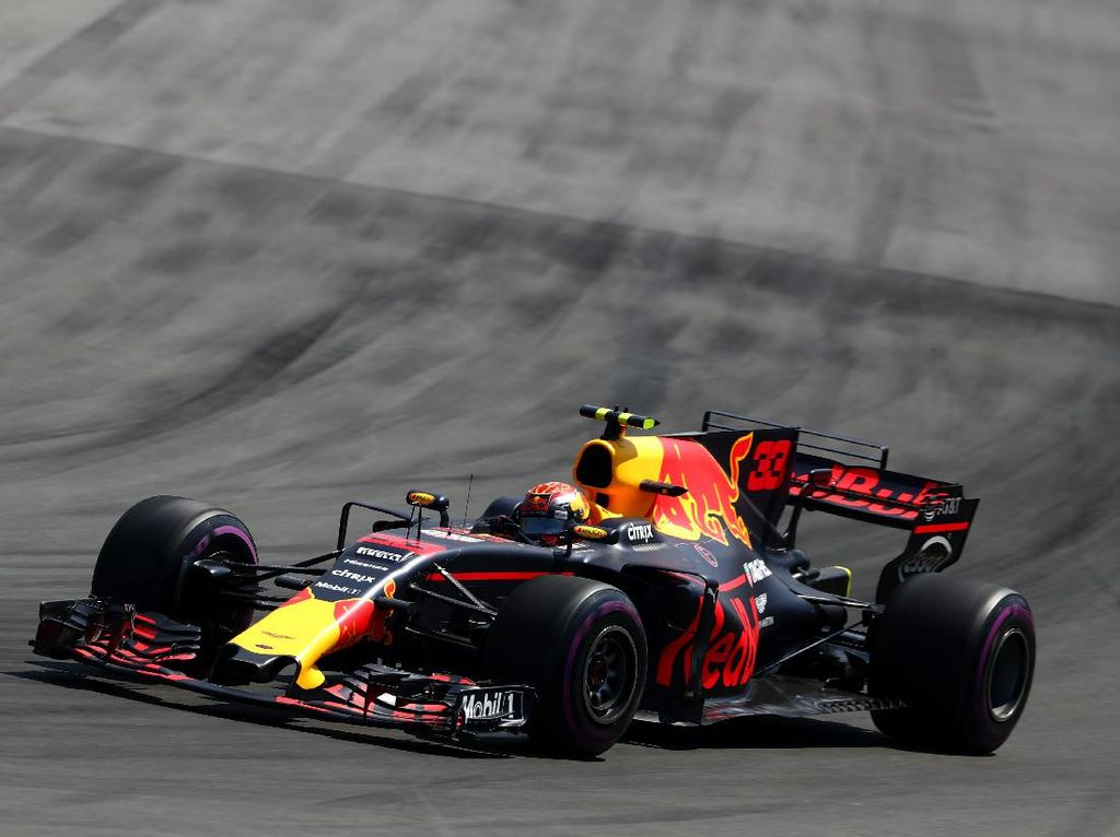 Verstappen Kembali yang Tercepat