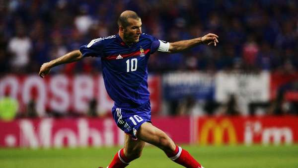Pengaruh Sihir Balerina Zinedine Zidane (Bagian I)