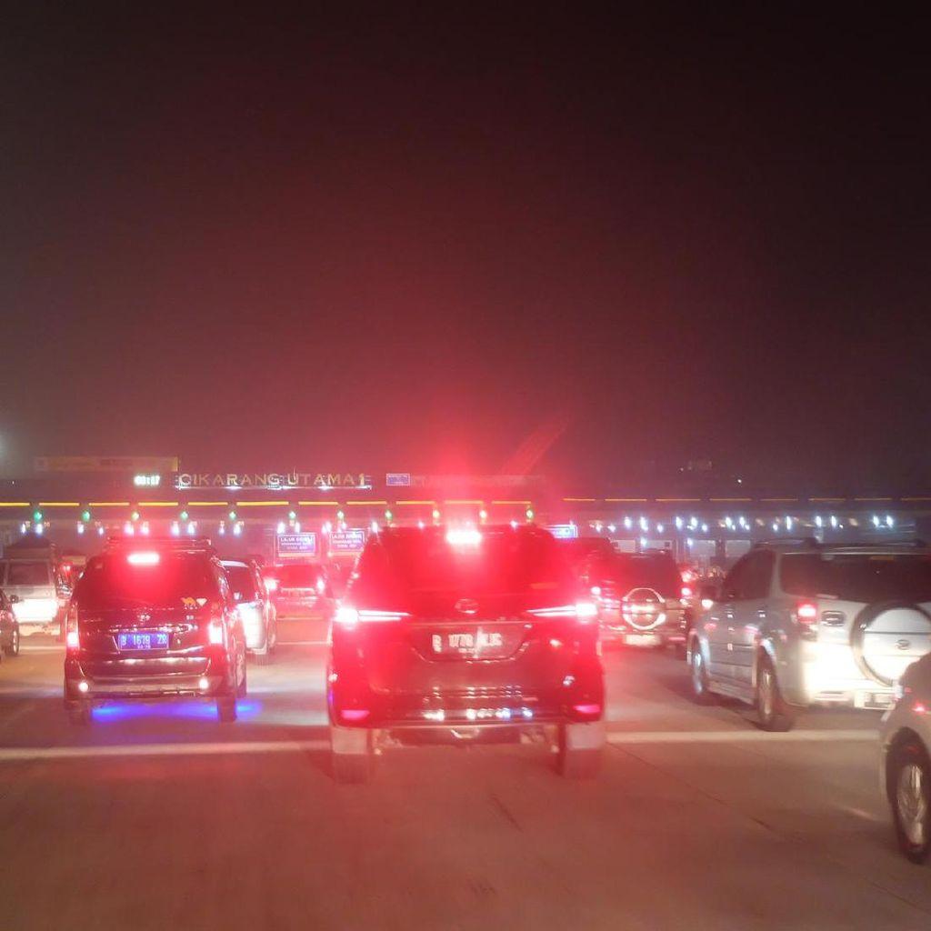 Arus Balik, 30 Gardu Pembayaran GT Cikarut Arah Jakarta Dibuka