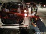 Banyak Mobil Pemudik Mengalami Ban Pecah di Tol Darurat Pantura