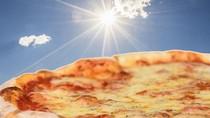 Di Phoenix Memanggang Pizza Keju Cukup DItaruh di Bawah Sinar Matahari