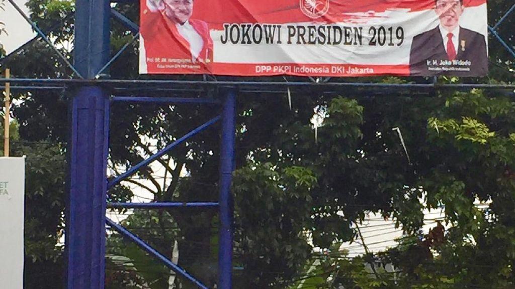 Spanduk Jokowi Presiden 2019 Muncul di Kalibata
