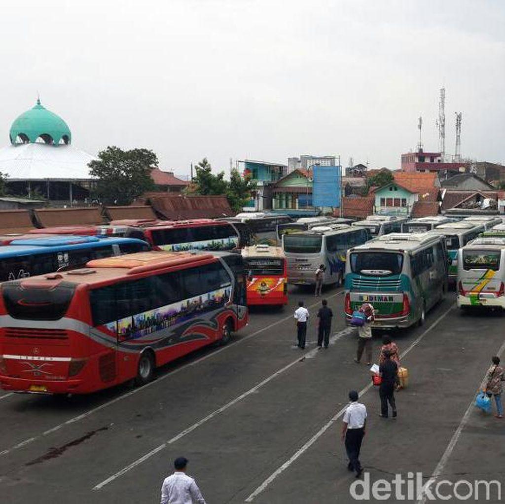 Pemudik dari Leuwipanjang Menurun, Banyak Bus Nganggur