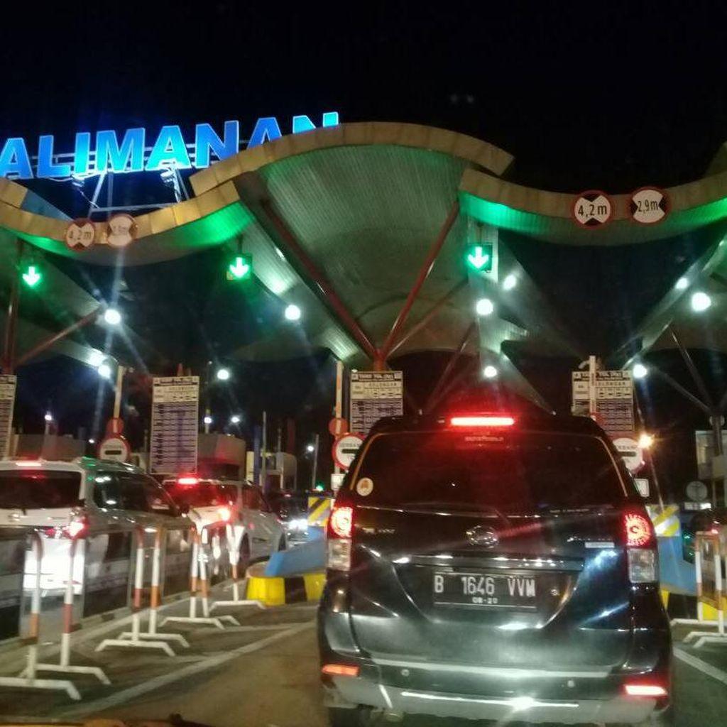 76.668 Kendaraan Lewati Gerbang Tol Palimanan dalam 24 Jam