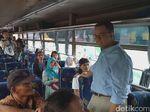 Pantau Mudik di Kampung Rambutan, Anies Puji Sopir hingga Polisi
