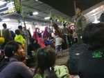 Jelang Lebaran, Stasiun Senen Masih Dipadati Pemudik