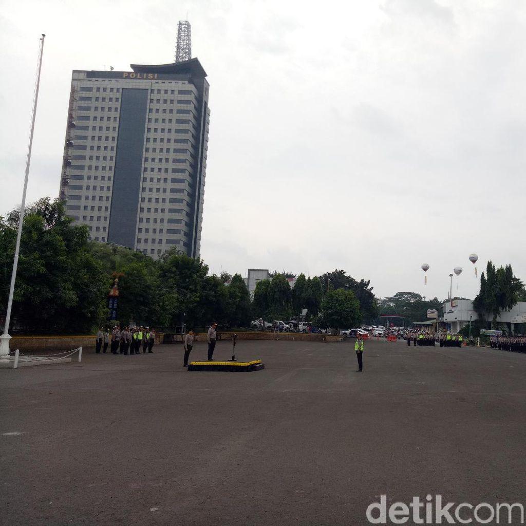 Polisi Jaga Pintu Masuk ke Jakarta Cegah Takbir Keliling