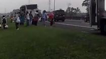 Bus Berasap di Tol Jagorawi, Puluhan Penumpang Panik