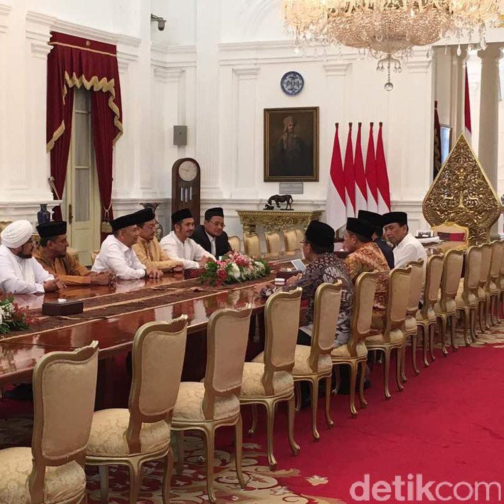Pertemuan Jokowi dan Pimpinan GNPF MUI Berlangsung Cair