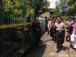 Kapolda Tinjau Rumah Pelaku Penyerangan Pos Jaga Polda Sumut